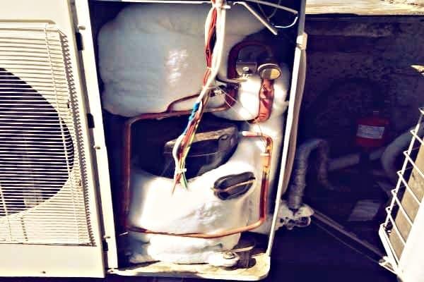 Обмерзание компрессора во внешнем блока кондиционера