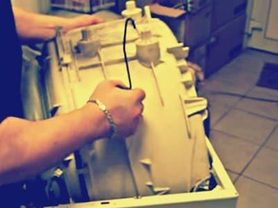 Извлекаем бак стиральной машины Candy через верх