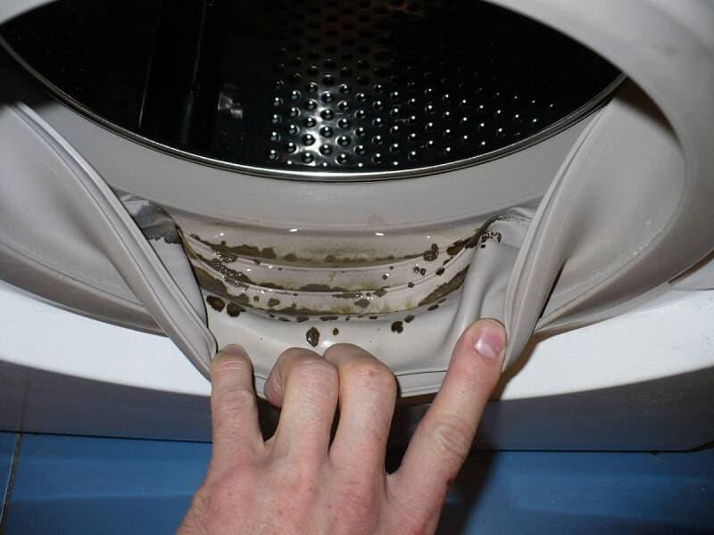 Стиральная машина пачкает бельё - пятна после стирки на вещах, что делать, РемБытТех