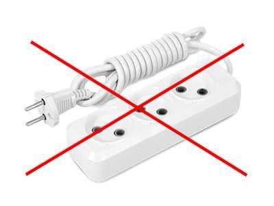 Нельзя использовать удлинитель без заземления