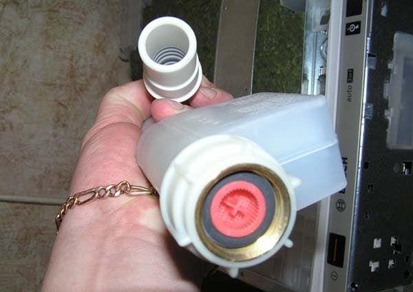 Замена заливного клапана в посудомоечной машине Бош