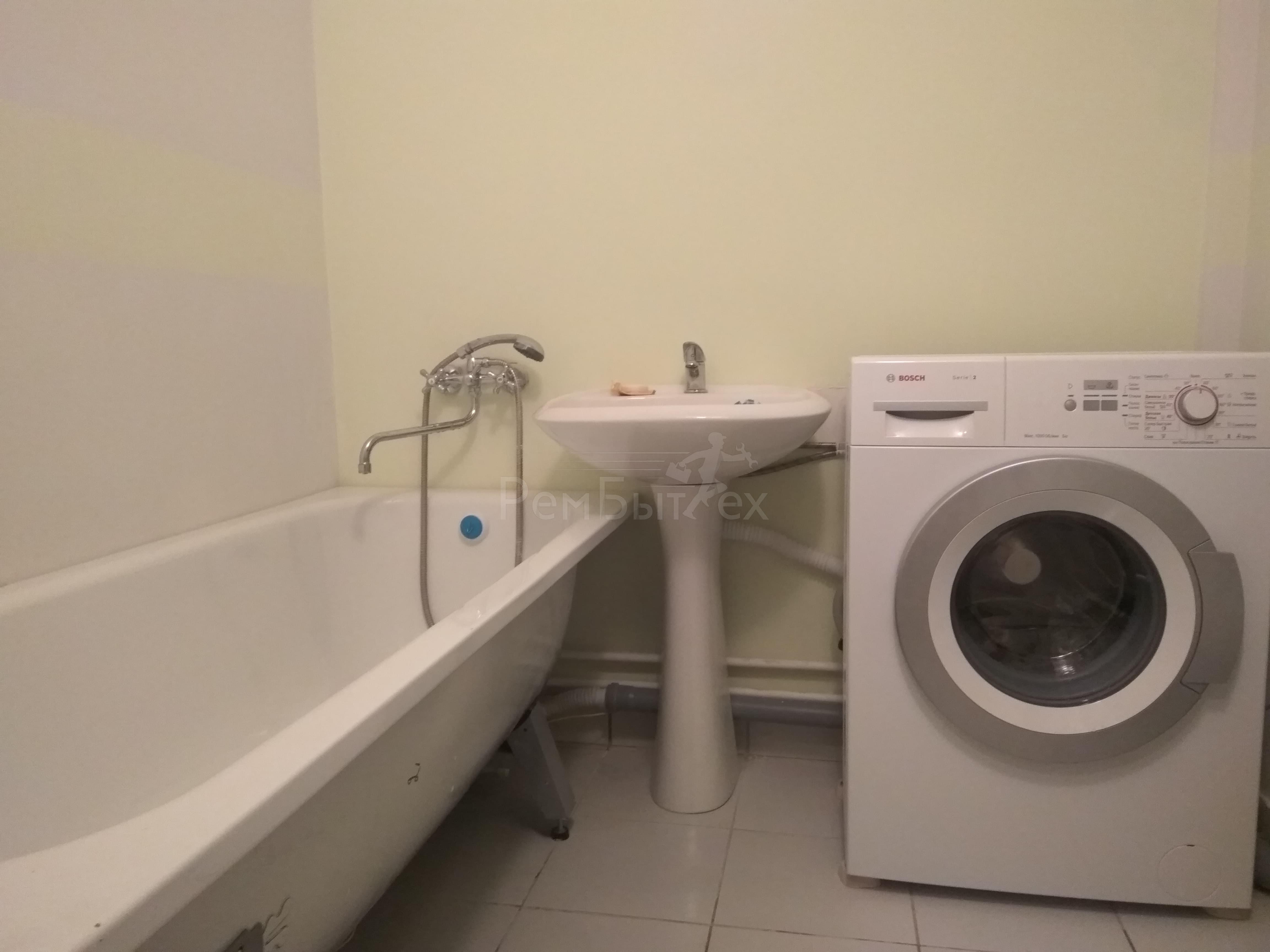 Работник пришел чинить стиральную машину и трахнул хозяйку — img 4